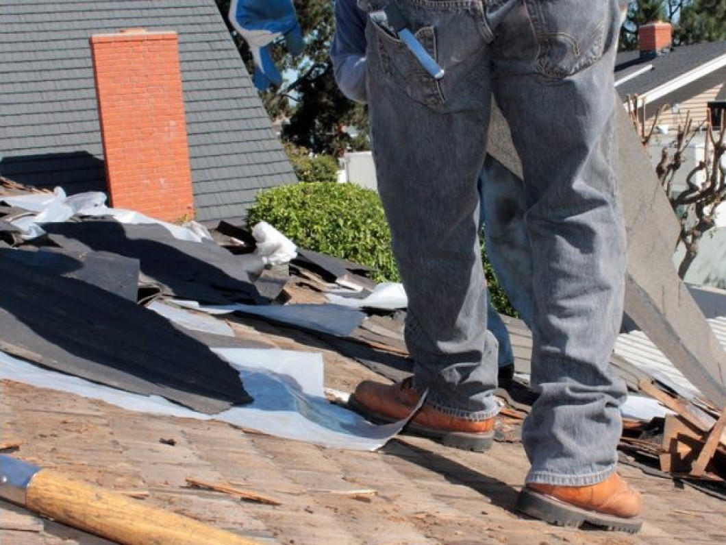 Handling all of your roofing services & repairs in Mesa, AZ